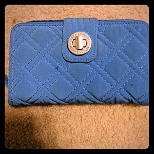 Vera Bradley Turnlock wallet Quilted - Blue